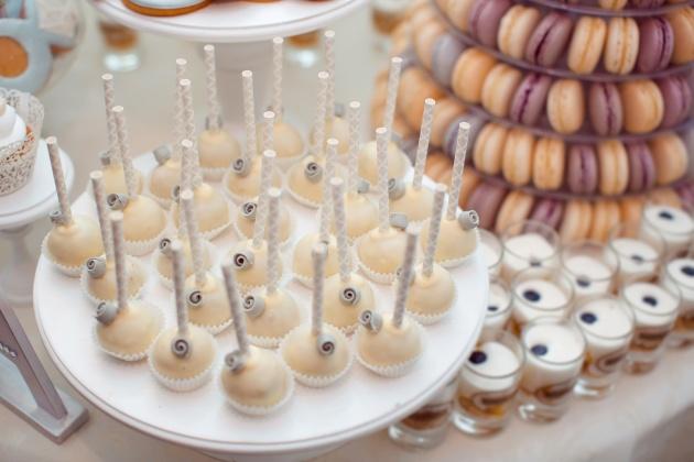 Como montar uma mesa de doces para festas infantis 2
